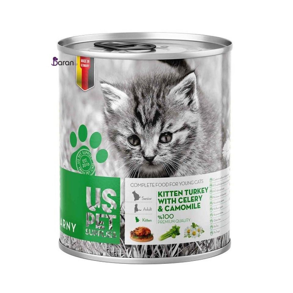 کنسرو بچه گربه یو اس پت حاوی گوشت بوقلمون ، بابونه و کرفس (400 گرم)